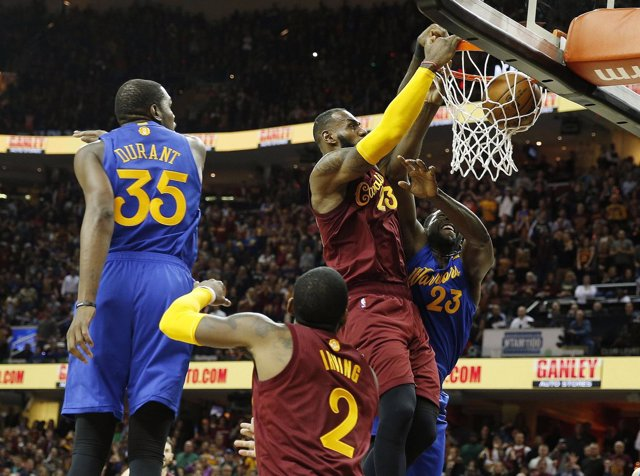 Lebron James y Kevin Durant en el Cleveland Cavaliers - Golden State Warriors