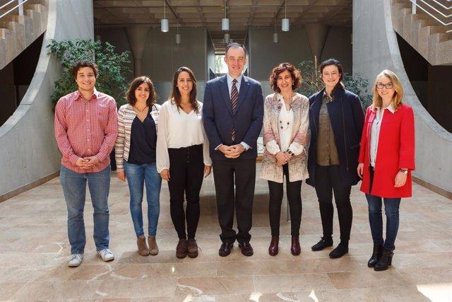 Representantes de la UPNA y la Universidad de Navarra