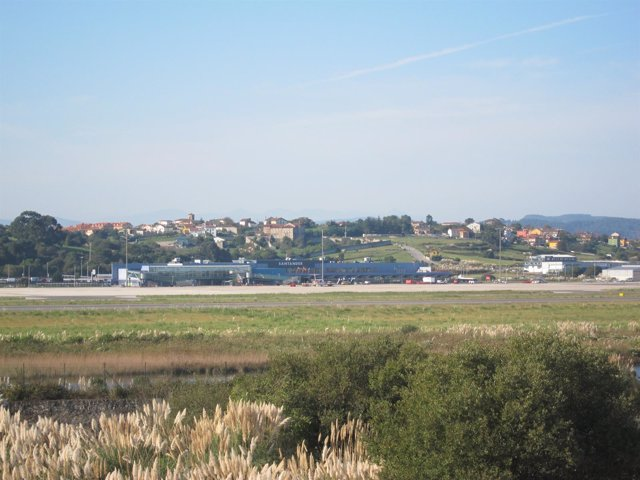 Parayas, Laguna. Aeropuerto