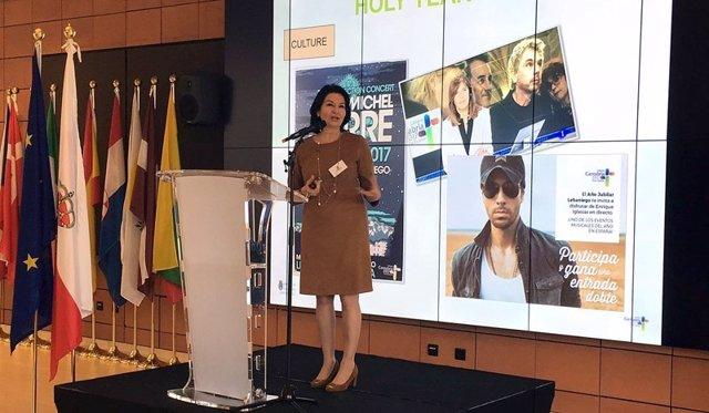 Eva Bartolomé, presentando el Año Jubilar en Bruselas