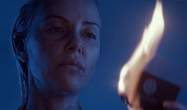 Charlize Theron en Atómica