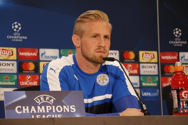 El portero del Leicester City Kasper Schmeichel