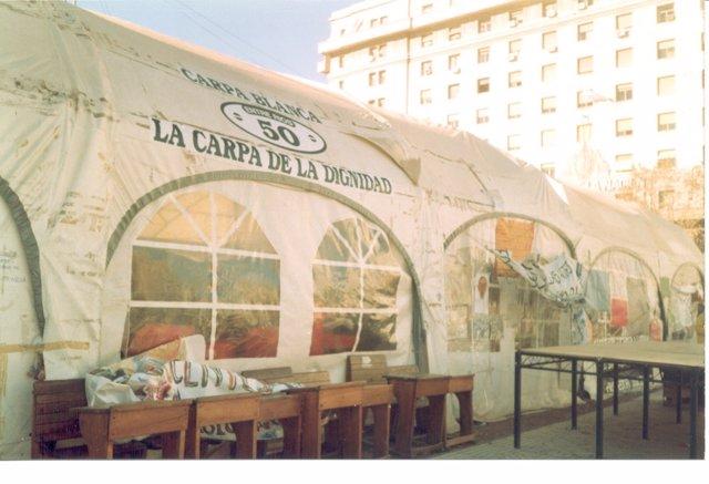Carpa Blanca Docente en Argentina en 1997