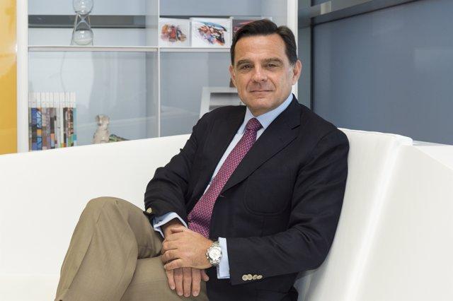 Luis Comas