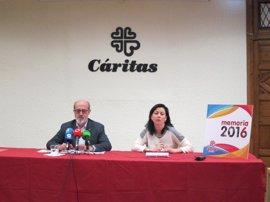 Cáritas atiende en 2016 a 20.553 personas, entre ellas 519 familias pendientes de revisión del Salario Social