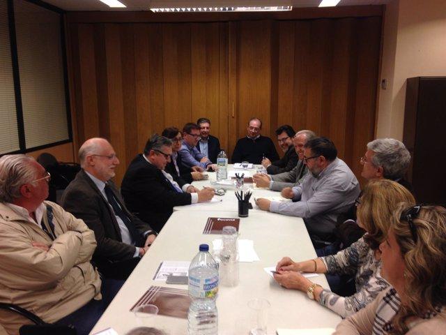 Mesa por la Educación pide una reunión a Méndez de Vigo