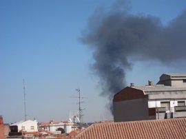 Incendio en un taller de neumáticos de Valladolid
