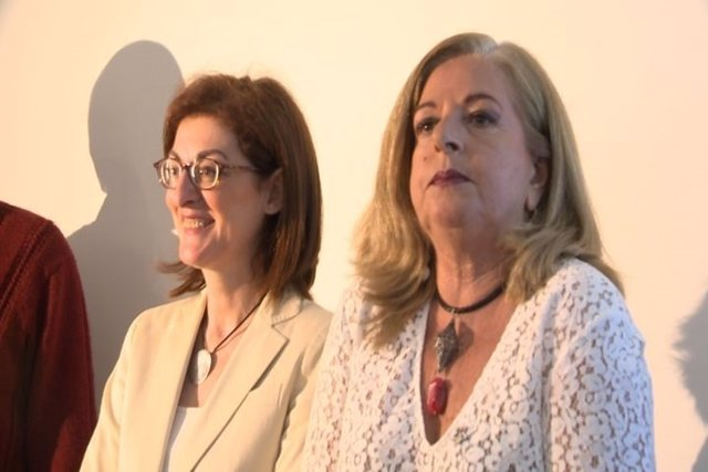 Consuelo Ordóñez y Maite Pagazaurtundua, de Covite