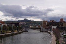 El descenso de las temperaturas y las precipitaciones en el norte del país marcan el final de la Semana Santa