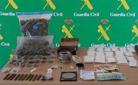 Desmantelan dos puntos de venta de drogas en Palmanova