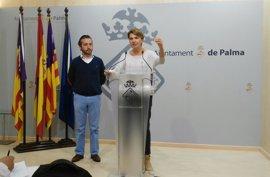 """El PP censura que la """"inactividad"""" de Hila haya permitido la """"proliferación de la venta ambulante"""" en Palma"""