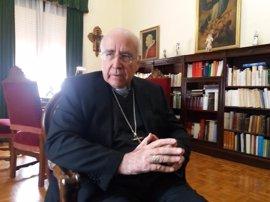 """El obispo de Huelva sobre la enseñanza concertada: """"funciona, cuesta menos al Estado y los padres tienen este derecho"""""""