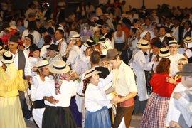 El lunes se abre el plazo de reserva de mesas para el Baile de Magos de Santa Cruz