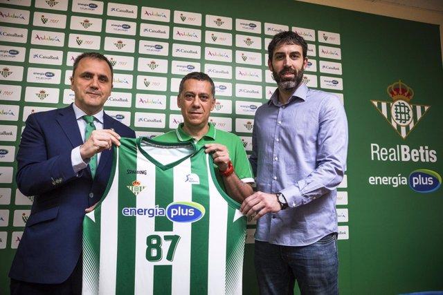 Presentación De Alejandro Martínez Nuevo Entrenador Del Real Betis Energía Plus