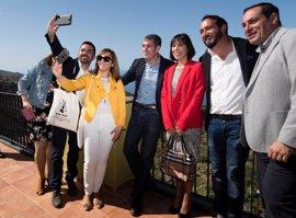 Clavijo promete buscar fórmulas para que Tijarafe (La Palma) tenga una residencia para mayores