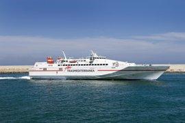 Trasmediterránea inicia la conexión Gandia-Ibiza en dos horas con un buque de alta velocidad