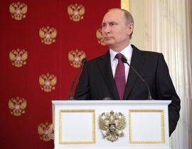 Putin recibe en Moscú al secretario de Estado de EEUU