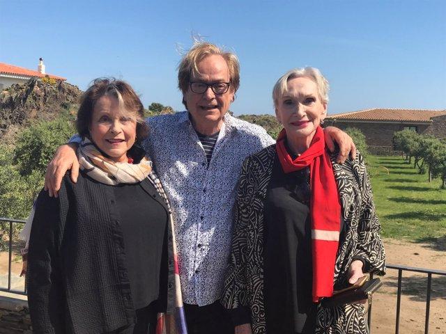 Sian Phillips, Ventura Pons y Claire Bloom en Cadaqués