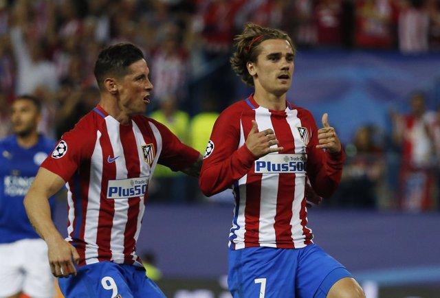 Griezmann, con el Atlético ante el Leicester