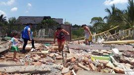 Correa cifra en 27 el balance de muertos a causa del fenómeno 'El Niño Costero' en Ecuador