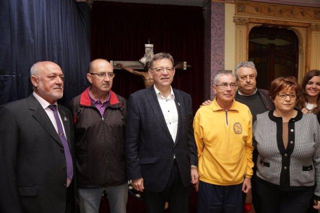 Ximo Puig este jueves en su visita a cofradías de la Semana Santa Marinera