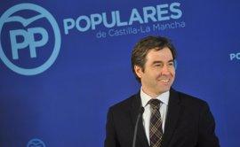 """Robisco contrapone la """"fortaleza"""" de PP C-LM tras su Congreso a la """"incertidumbre"""" de PSOE, con militantes """"contra Page"""""""