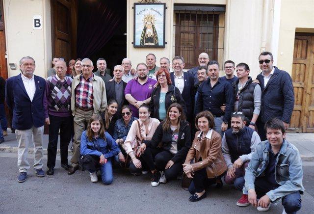 Puig en su visita a las cofradías de la Semana Santa Marinera