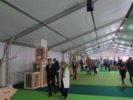 """Basque Fest abre su carpa """"Txoko gourmet"""" en el Arenal con gastronomía vasca y pruebas de herri kirolak"""