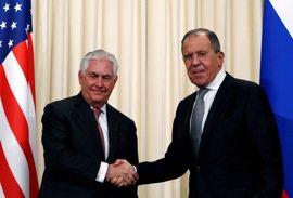 """Lavrov asegura que Tillerson aceptó que """"no deberían repetirse"""" los bombardeos contra el régimen sirio"""
