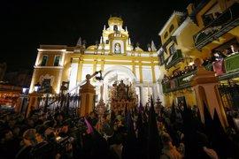 Al menos ocho detenidos por desorden público por los incidentes en la Madrugá de Sevilla