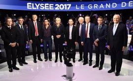 La carrera electoral se aprieta en Francia a poco más de una semana de la votación