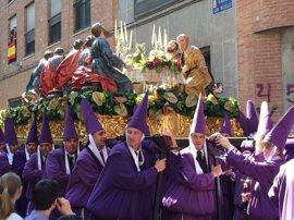 Miles de personas disfrutan de Salzillo en la Mañana del Viernes Santo