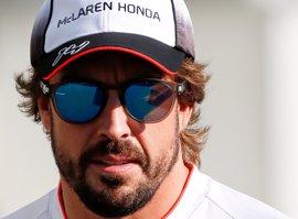 """Alonso: """"Los demás equipos deben estar que trinan con lo de Indy"""""""