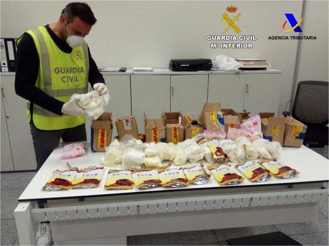 La droga llegaba camuflada en paquetes desde Hong Kong