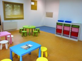 IU en Diputación pide rechazar el decreto de la Junta sobre escuelas infantiles