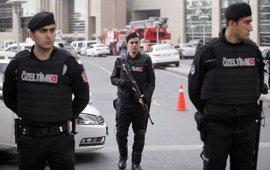 Detenidos 49 miembros del Estado Islámico en Estambul por preparar atentados para el referéndum del domingo
