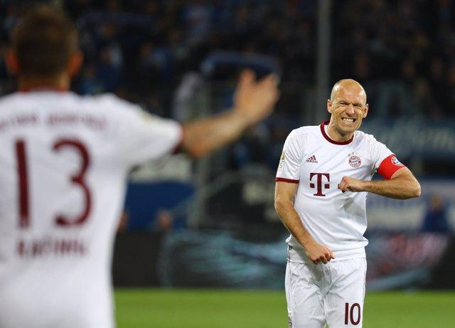 Arjen Robben lamenta la derrota del Bayern Múnich