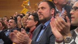 ERC sería primera fuerza en el Parlament y sumaría mayoría con el PDeCAT y la CUP, según un sondeo