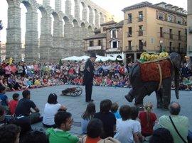 Diputación de Segovia y Titirimundi extienden a la provincia el festival
