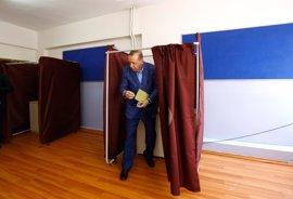 Erdogan defiende la convocatoria del referéndum para acelerar el desarrollo del país