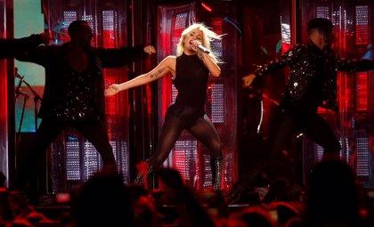 Así fue la espectacular actuación de Lady Gaga en el Festival de Coachella