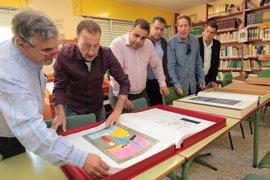 El Ayuntamiento de Marbella realiza tres copias de la obra 'El Quijote manuscrito' del CEIP Miguel de Cervantes