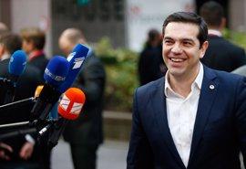 """Tsipras cree que el Ítaca tras la crisis existe y """"llegaremos allí pronto"""""""