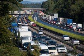Las carreteras madrileñas presentan más de 40 kilómetros de retenciones en la tarde de la Operación Retorno