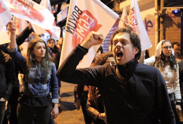 Partidarios del 'No' en el referéndum de Turquía
