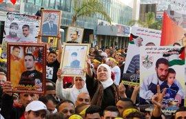 Cerca de 700 presos palestinos iniciarán este lunes una huelga de hambre en cárceles de Israel