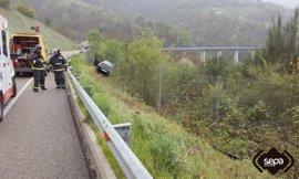 Dos fallecidos, un herido grave y 18 leves en 59 accidentes en vías asturianas en Semana Santa