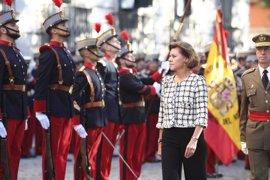 El PSOE pide la comparecencia de Cospedal por la izada a media asta de la bandera en Defensa durante Semana Santa