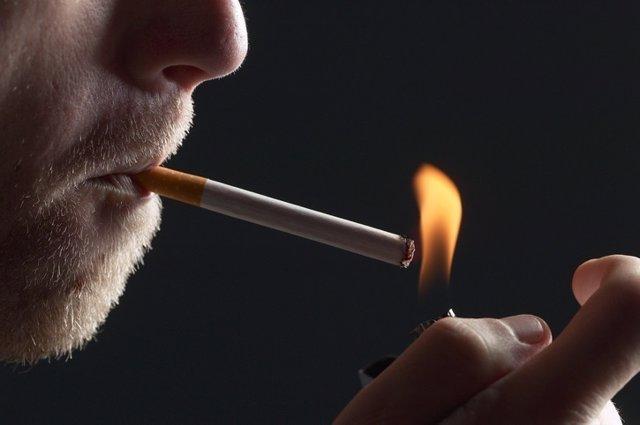 Fumador, tabaco, fumar