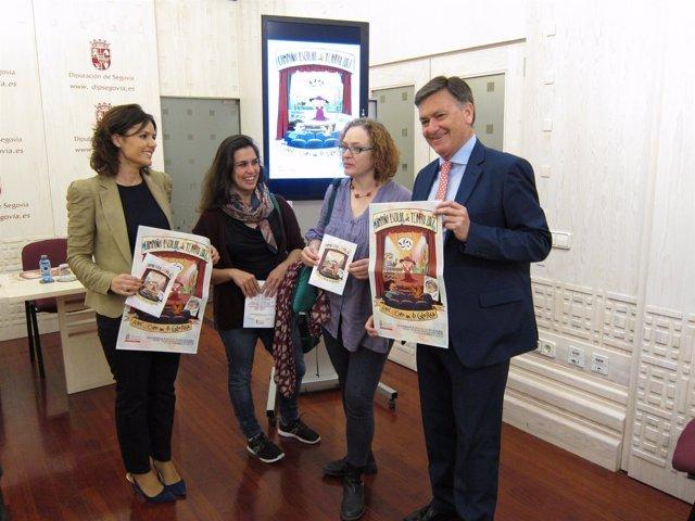 Segovia: Vázquez (D) En La Presentación De La Campaña